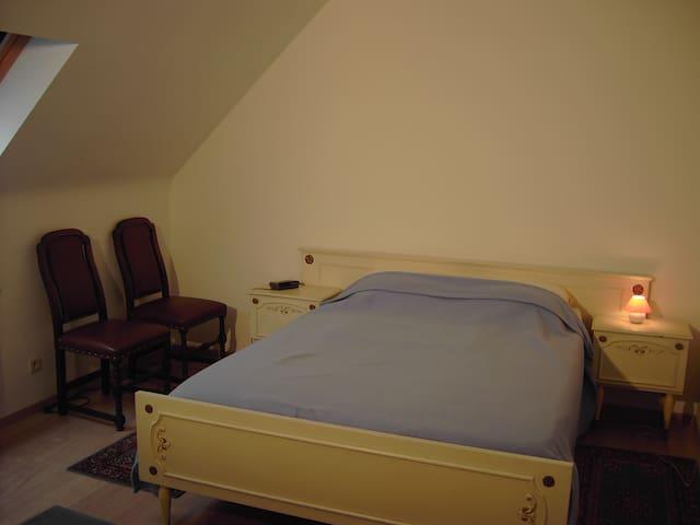 slaapkamer 2 pers. bedroom