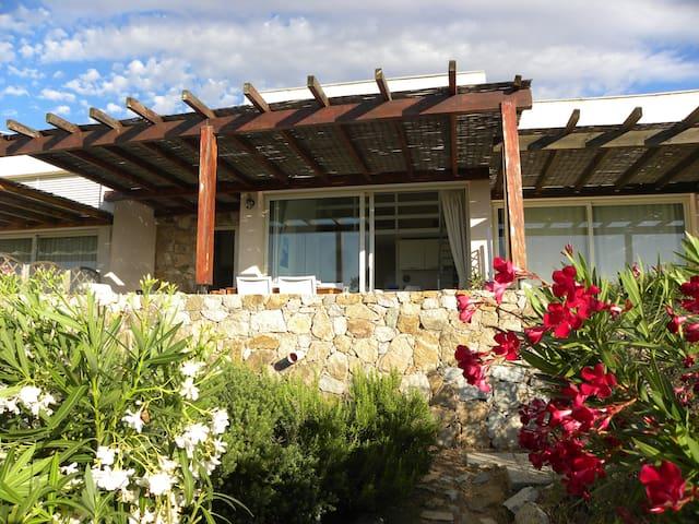Jolie mini-villa VUE MER: 2 chambres & clim