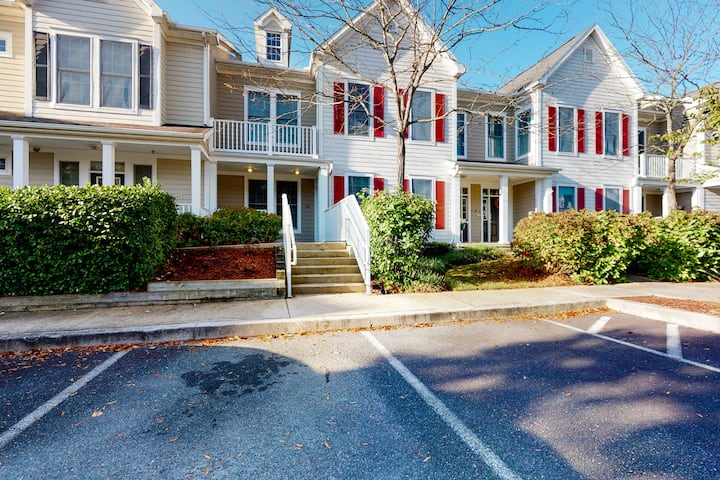 Bear Trap Dunes 1st-Floor Condo with a Fireplace, Gym, and Shared Sauna!