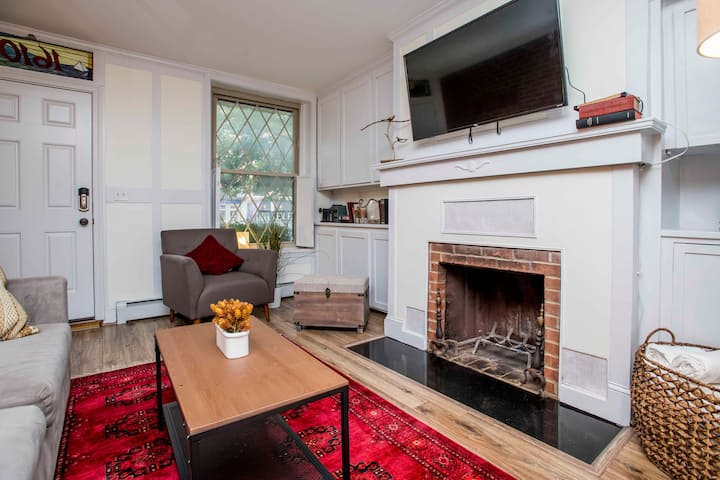 Perfectly Located Fells Point Row House