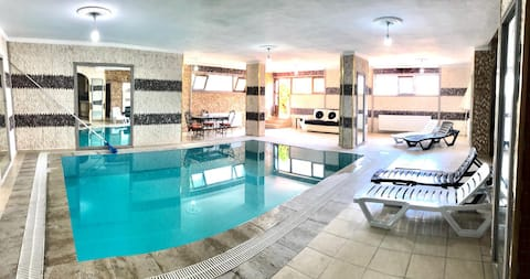 6+1 LUX VILLA WITH POOL AND SAUNA