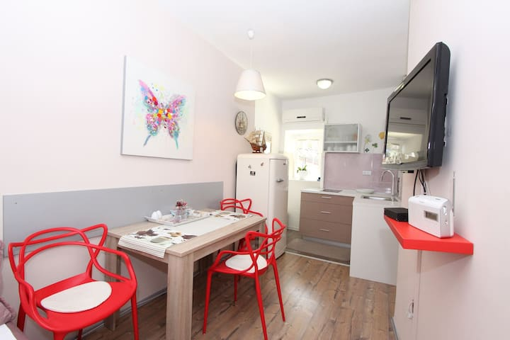 GRISIA One-bedroom Apartment