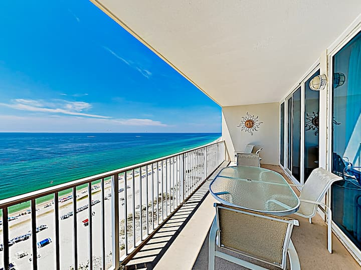 Dreamy Condo at The Lighthouse w/ Gulfside Pools!