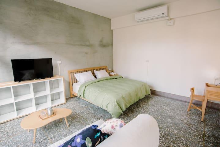 Hsinchu Warm & Wall Hostel