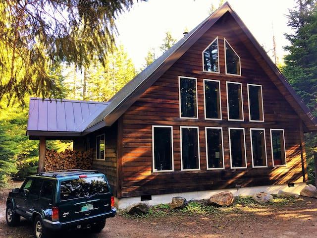 Mt. Hood Forest Retreat