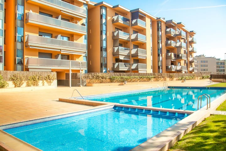 Excelente apartamento (500m playa) - Lloret de Mar - Byt