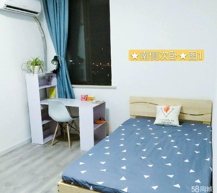 阜阳师范大学旁的一个房间,设施齐全