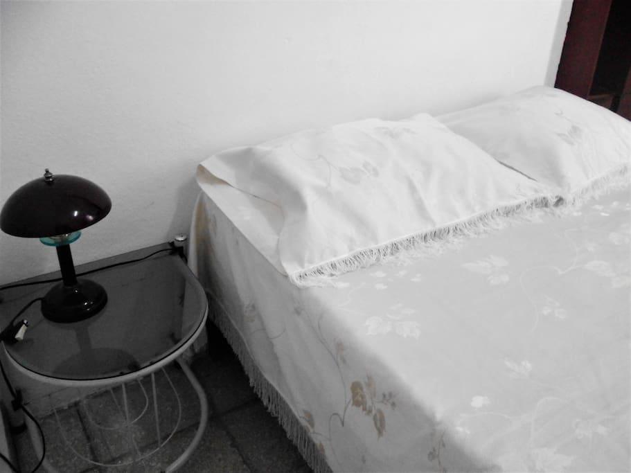 Bett * bed * cama