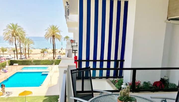 Girolamar Front Line Beach Apartment