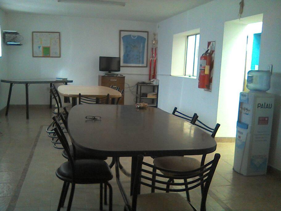 Lugar Resto Bar, servicios de cafetería, gastronomía.