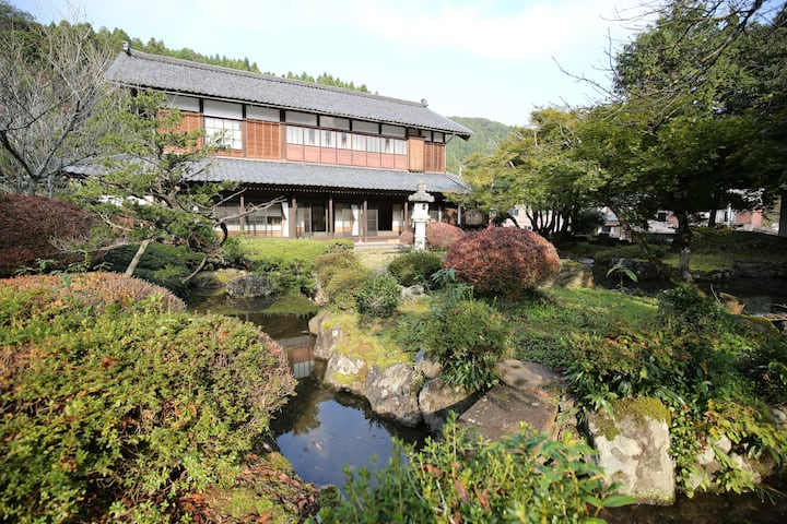 Japanese-style traditional villa(built 120 years)