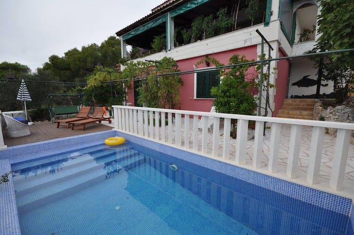Villa Duda - Poolside Studio Apt. - Poljica - House