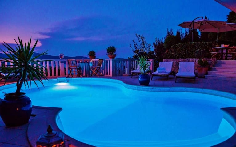 Modern Villa with Pool and great View - Trsteno - Villa