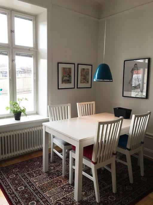 Livingroom, dining area