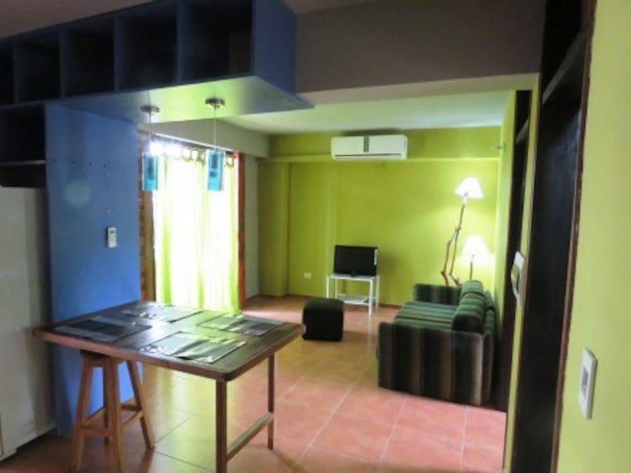 Habitaci n con balcon en departamento amueblado for Alquiler habitacion departamento