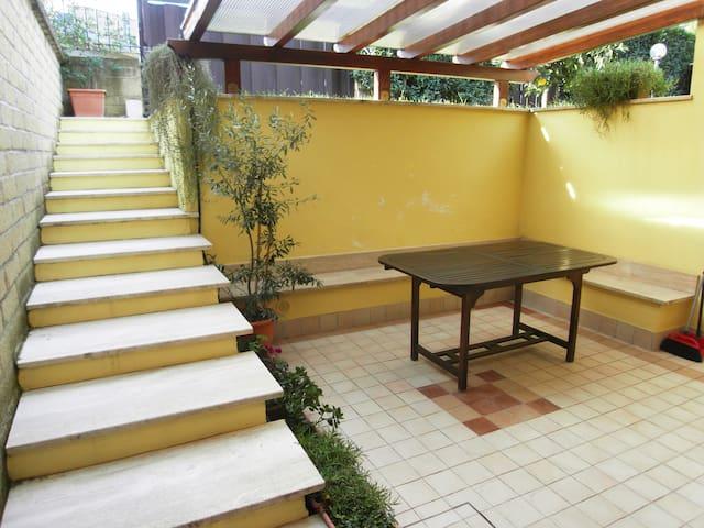 Appartamento in villino free wi-fi - Roma - Daire