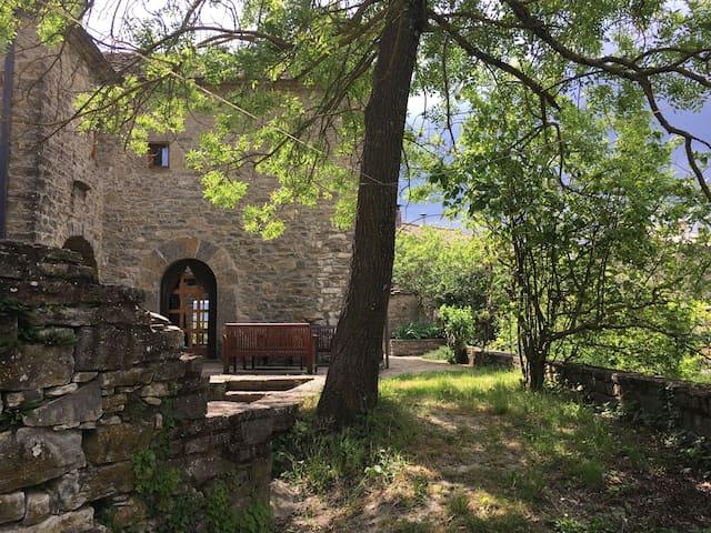1689 Stone Manse with garden