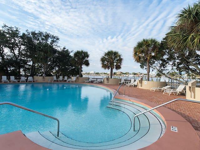 Waterview Shipwatch Condo w/ Pool - Pensacola - Condomínio