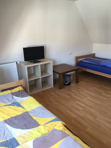 Großes Haus mit 7 Zimmer Ochsenfurt bis 18 Pers - Ochsenfurt - Dom