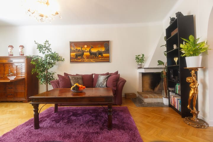 Charming Central 3 room Apartment - Örebro - Daire