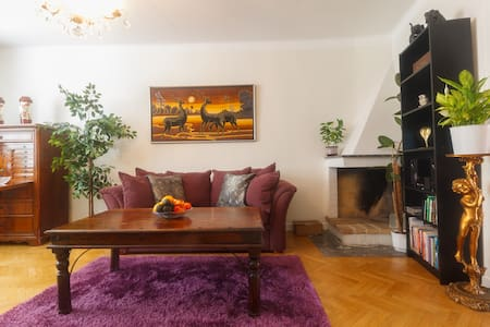 Charming Central 3 room Apartment - Örebro - Wohnung