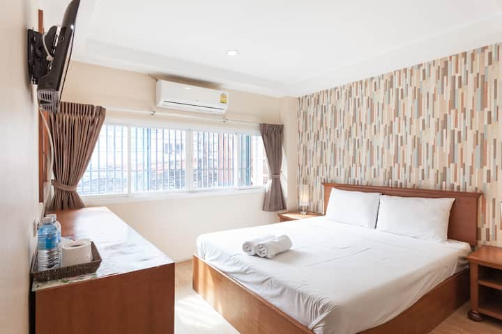 Sleep at Phuket (Standard room with Air-cond1)