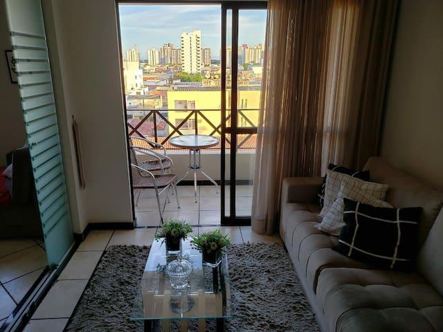 Apartamento completo bem localizado