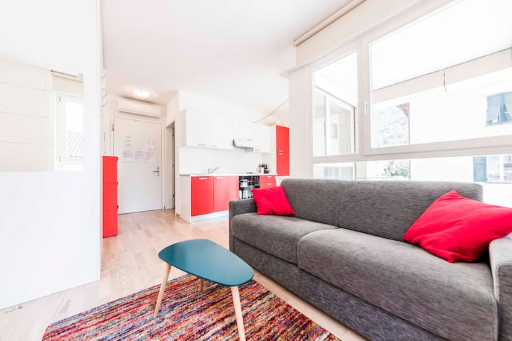 Apartment Red Ca de Bezzi Old Town Bolzano