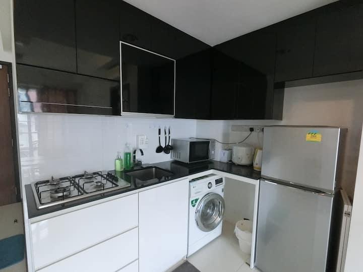 Amazing Spacious 1 Bedroom Apt Unit @ Central SG