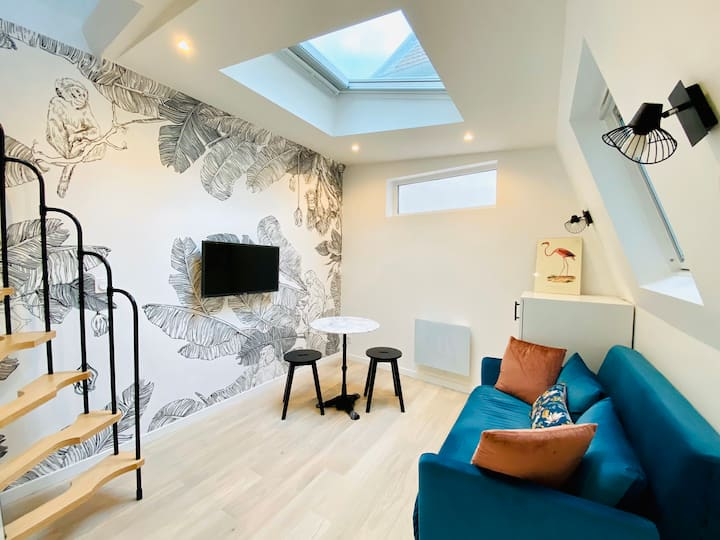 « NEW » Mini-Duplex Apartment in Bastille