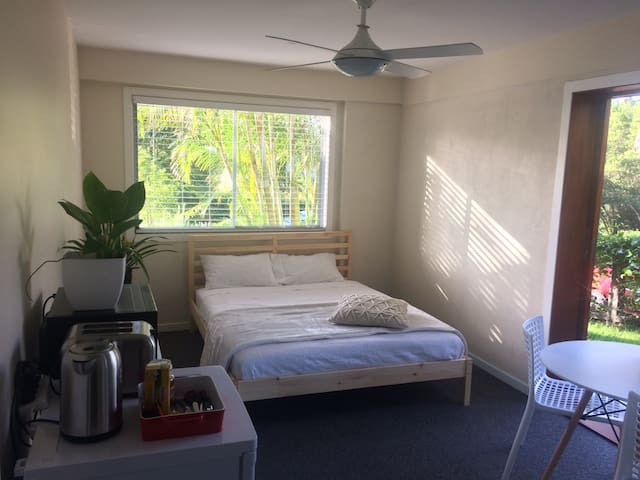 New Apartment in heart of beautiful Bangalow - Bangalow - Appartement
