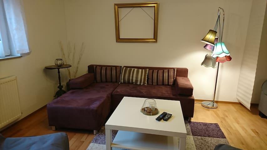 Apartment oder 2 Zimmer Wohnung - Kürten - Appartement