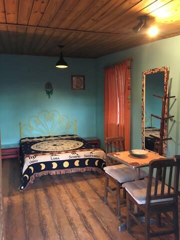 O quarto 3 é um chalé anexado à casa