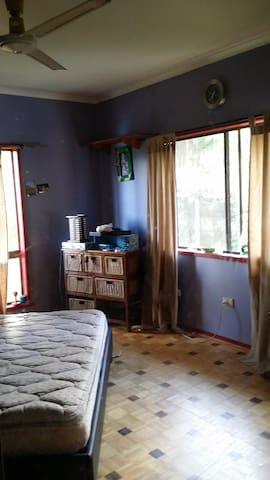 2 lovely rooms in relaxed Family Home - Brinsmead - Casa