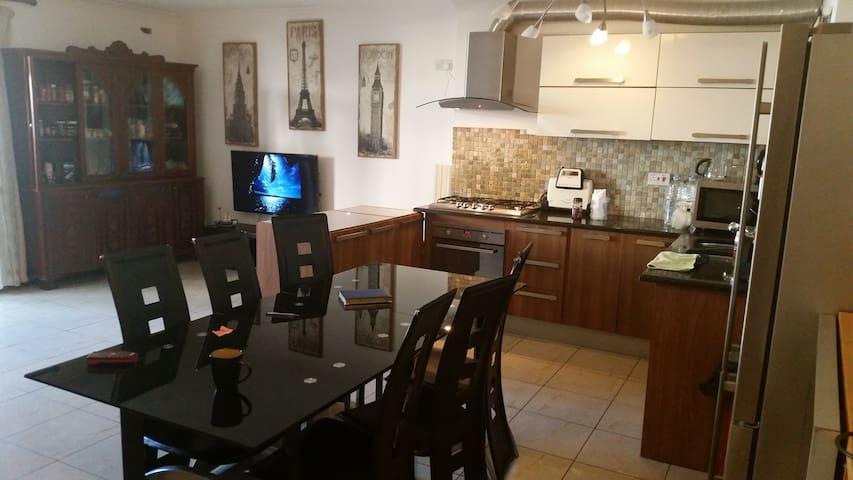 Mansfield Place - Tas-Sliema - Apartment