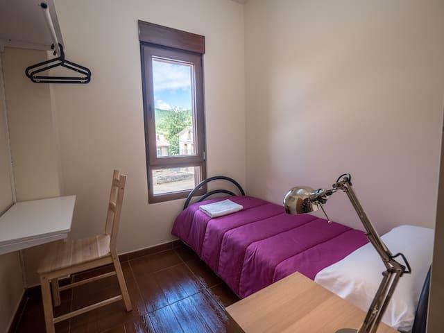 Habitación individual en Albergue de Prioro