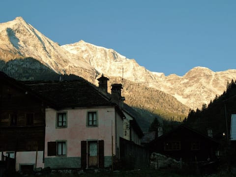 Romantica casa Walser Macugnaga