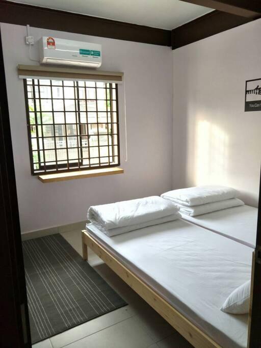Pandan Room