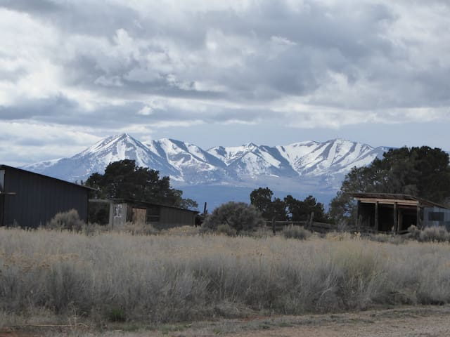 Utah Homestead-4-Entire Property - Monticello - Chatka