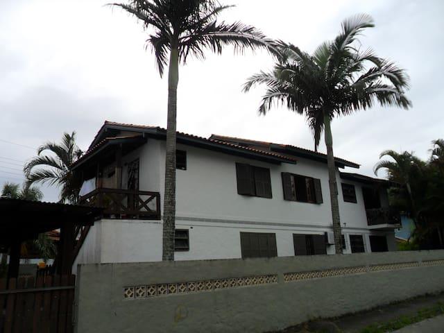 Charmoso apartamento na Lagoa da Conceição - Florianópolis - Appartement