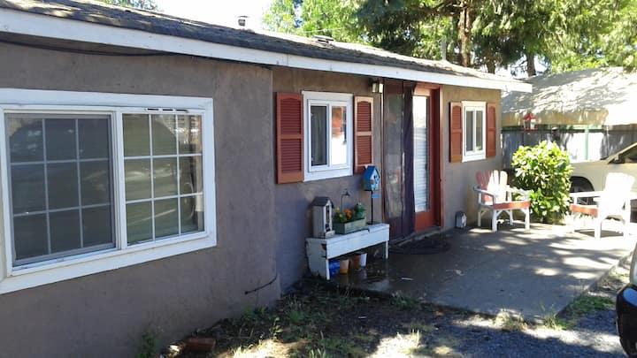 Country Bumpkin Guesthouse