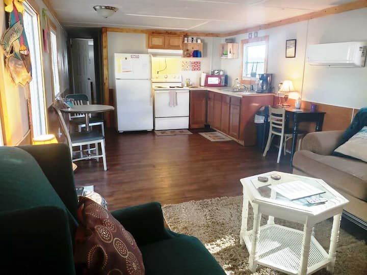 805E Mobile Home for Work or Short Stays