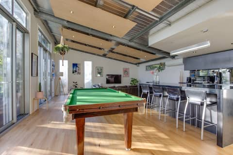 """""""Kings on King's"""" - self contained loft apartment"""