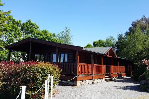 Luxury Alpine Lodge, Stunning Views Coastal Area