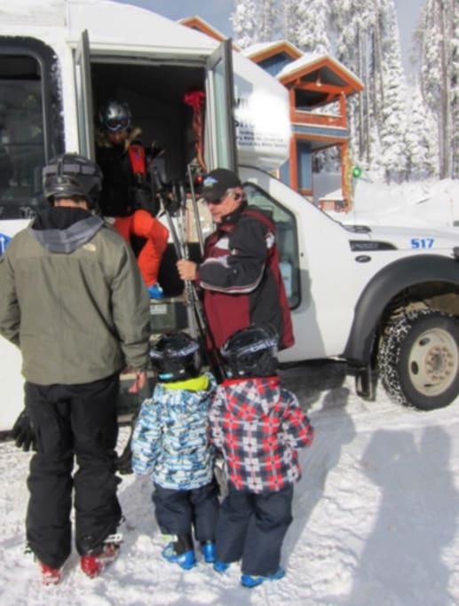 Shuttle to Windham Mountain available weekends and holidays Christmas Weekend through mid March