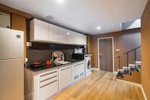 Kitchen and amenities provided