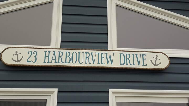 Harbourview Drive cottage
