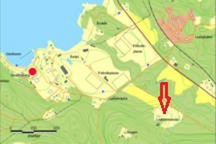 Områdeskarta. Vår gård heter Kristinedals Gård. Avstånd till havet ca 500m