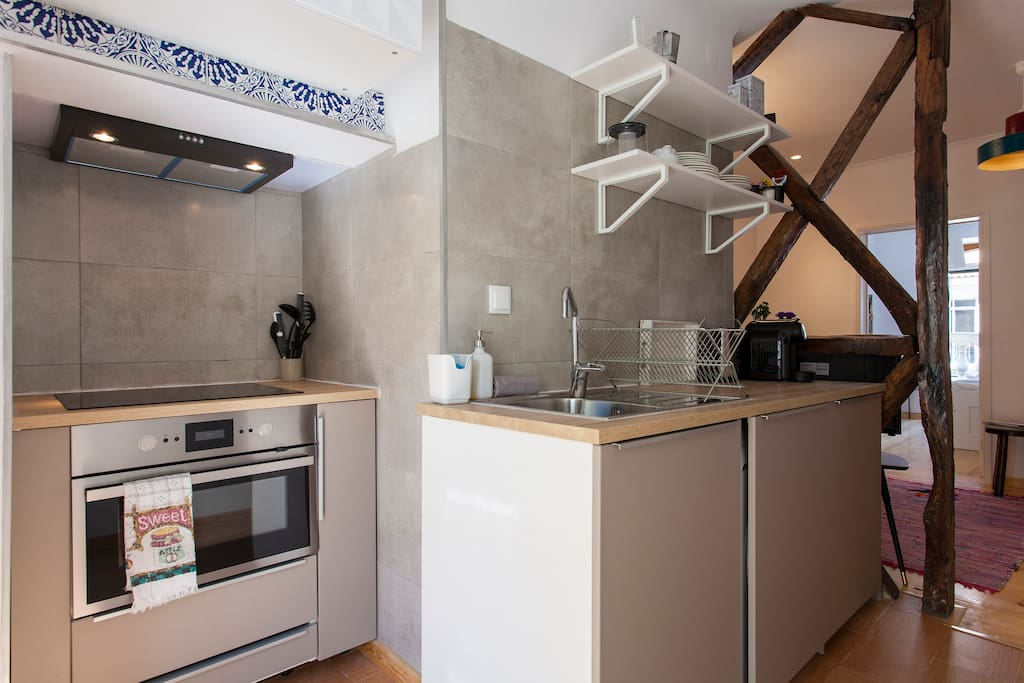 A fully equipped kitchen, hoven, microwave, washer, dishwasher, coffee expresso machine, etc