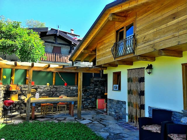 Casa Melissa n. 2 - Chalet with breathtaking view! - Vercana - Cabin